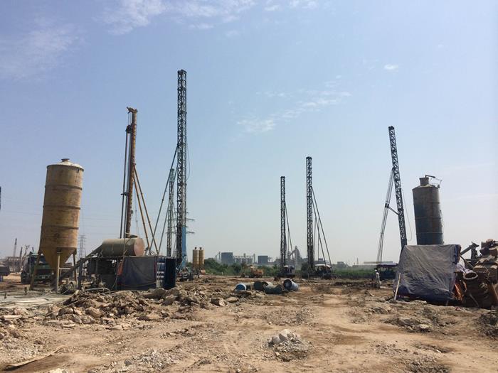 Ngày 12/08/2016 công trình Cầu Bạch Đằng (Gói XL08) đã khoan xong 4 cọc thử nghiệm